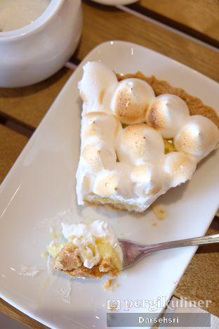 Foto 8 - Makanan di Mister & Misses Cakes oleh Darsehsri Handayani
