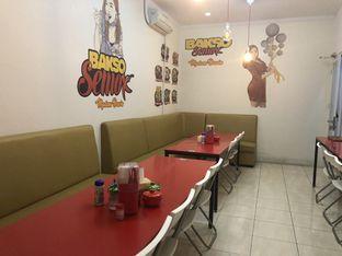 Foto 2 - Interior di Bakso Semox Madam Dewin oleh YSfoodspottings