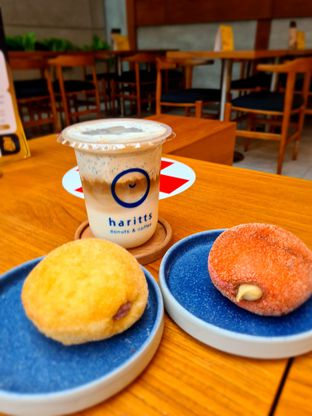 Foto review Haritts Donuts & Coffee oleh Devi Siswani 1