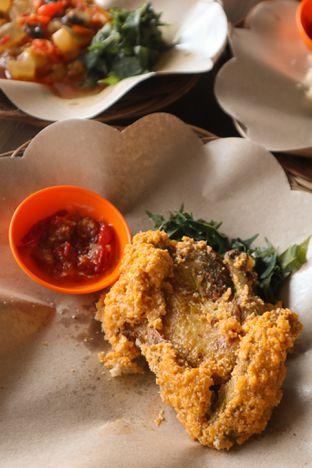 Foto 3 - Makanan di Ayam Krezz Kalasan oleh thehandsofcuisine