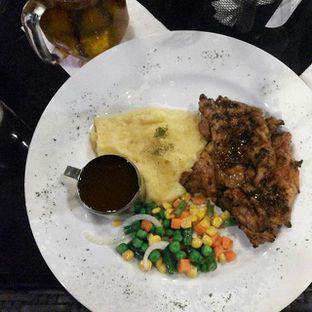 Foto 6 - Makanan di Cyrano Cafe oleh felicia tammy