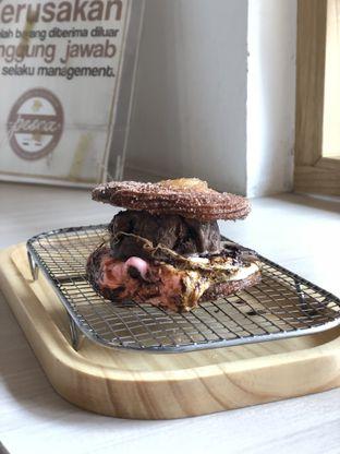 Foto 3 - Makanan(sanitize(image.caption)) di Pesca Ice Cream Cakes oleh Patricia.sari