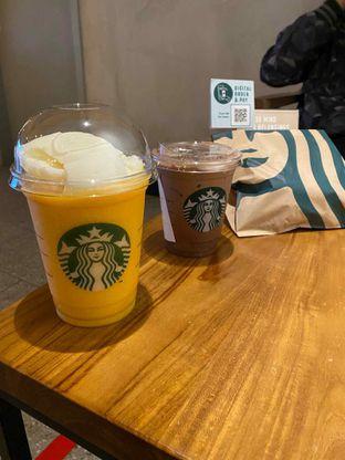 Foto review Starbucks Coffee oleh Riani Rin 5