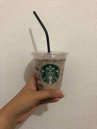 Foto 1 - Makanan(brown choco drop frappucino) di Starbucks Coffee oleh sasa terry