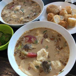 Foto 1 - Makanan di Soto Betawi Nyonya Afung oleh Pengembara Rasa
