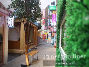 Foto 9 - Interior di Chingu Korean Fan Cafe oleh Makan Mulu