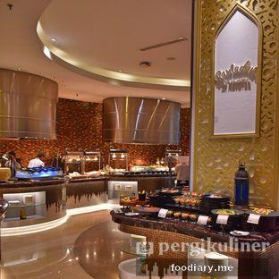 Foto 2 - Interior di The Square - Hotel Novotel Tangerang oleh @foodiaryme | Khey & Farhan