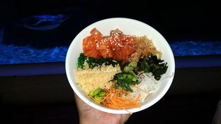 Foto 4 - Makanan(Salmon Poke Bowl) di Pingoo Restaurant oleh Jenny (@cici.adek.kuliner)