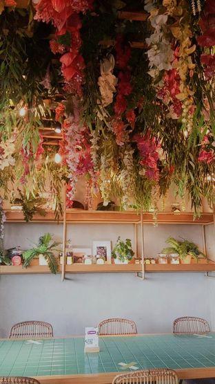 Foto 9 - Interior di Santhai oleh duocicip