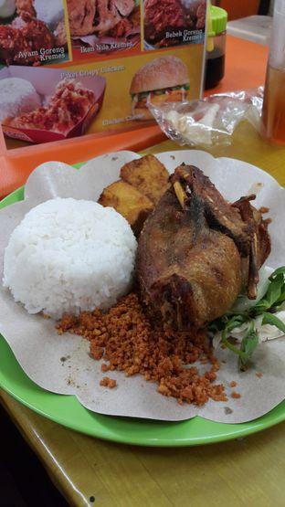 Foto 2 - Makanan di Ayam Goreng Lemoe oleh Stefy Tan