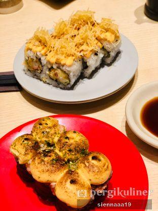Foto 1 - Makanan(Salmon Mentai Canape // Kani Mentai Mayo Roll) di Sushi Tei oleh Sienna Paramitha