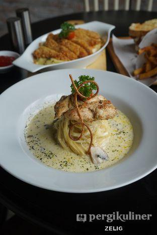 Foto 5 - Makanan di Ground Up Delicatessen oleh @teddyzelig