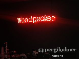 Foto 6 - Interior di Woodpecker Coffee oleh Icong