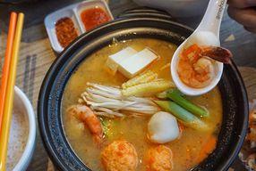 Foto Sukiyaki by Kobeshi Kitchen