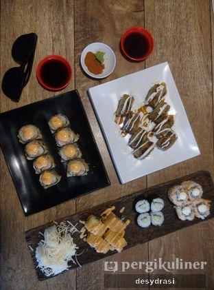Foto 1 - Makanan di Sushi Den oleh Makan Mulu