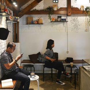 Foto 2 - Interior di Ssst Coffee oleh Desanggi  Ritzky Aditya