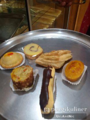 Foto 3 - Makanan(sanitize(image.caption)) di ET Bakery oleh UrsAndNic