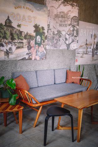 Foto 25 - Interior di Roast Coffee oleh Indra Mulia