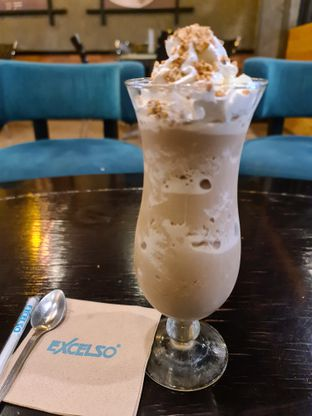 Foto review Excelso oleh vio kal 3