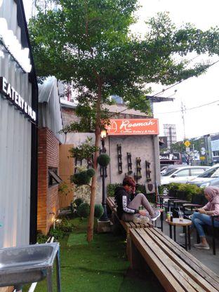 Foto review Roemah Coffee Eatery & Hub oleh yukjalanjajan  2