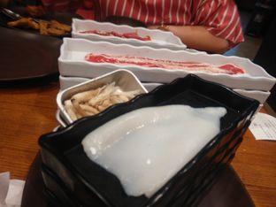 Foto 1 - Makanan(cumi segar siap dibakar) di Kintan Buffet oleh Threesiana Dheriyani