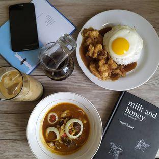 Foto 7 - Makanan di Commit Coffee oleh Tristo