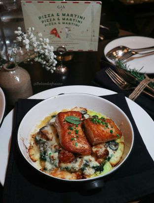 Foto 3 - Makanan di Gia Restaurant & Bar oleh thehandsofcuisine
