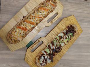 Foto 1 - Makanan di Pizza Maru oleh deasy foodie