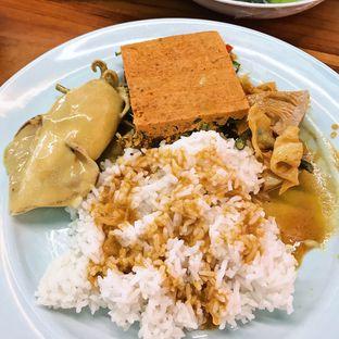 Foto 1 - Makanan di Padang Merdeka oleh Della Ayu