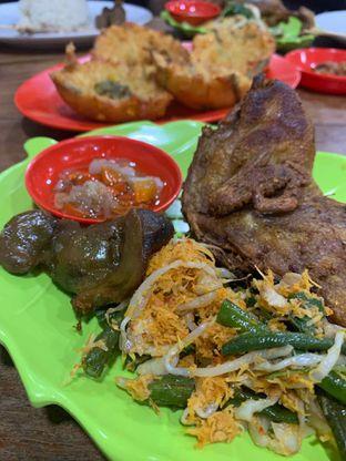 Foto 2 - Makanan di Bebek Goreng HT Khas Surabaya oleh Ray HomeCooking