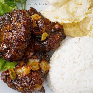 Foto 8 - Makanan di Maximo Resto & Garden - Puri Setiabudhi Residence Hotel oleh @mizzfoodstories