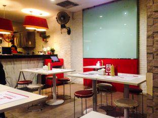 Foto 3 - Interior di Holycow! STEAKHOUSE by Chef Afit oleh Annisa Putri Nur Bahri