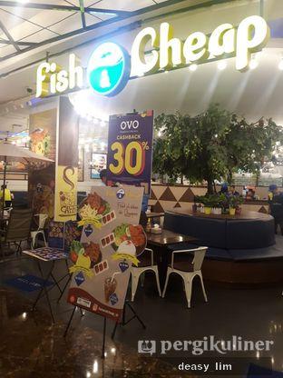 Foto 4 - Interior di Fish & Co. oleh Deasy Lim