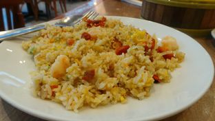 Foto 3 - Makanan(Nasi Goreng ala Yang Chow) di Imperial Kitchen & Dimsum oleh Komentator Isenk