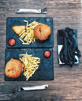 Foto review Dope Burger & Co. oleh Valenie Kosiady | IG: eyesbellytoes 4