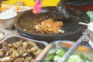 Foto 2 - Makanan di Ayam Geprek Pangeran oleh Ana Farkhana