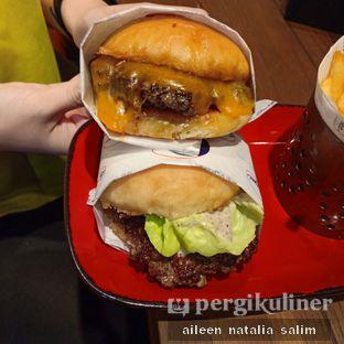 Foto 2 - Makanan di Le Burger oleh @NonikJajan