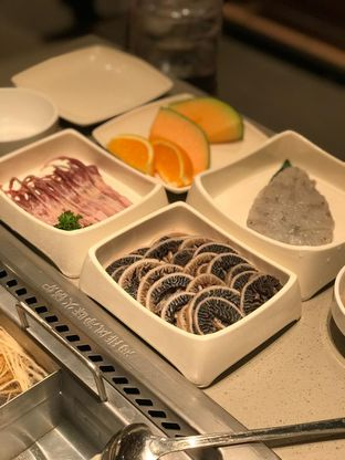 Foto 1 - Makanan di Haidilao Hot Pot oleh Makan2 TV Food & Travel