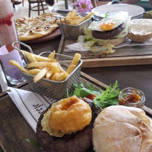 Foto 1 - Makanan di Miss Bee Providore oleh itschubbybelly