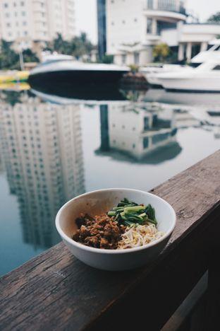 Foto review Cafe Dermaga (Bakmi Sakau) oleh Yohanes Ali 7