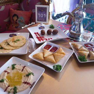 Foto 11 - Makanan di Arabian Nights Eatery oleh Stellachubby