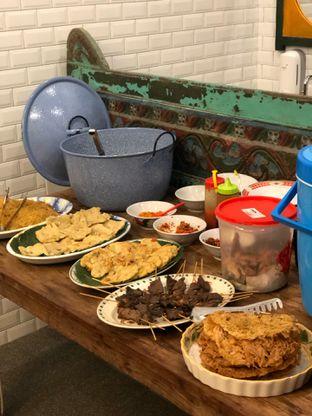 Foto 10 - Makanan di Ragil Coffee & Roastery oleh feedthecat