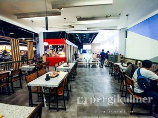 Foto 5 - Interior(Tampak Dalam) di Halo Dakgalbi oleh Demen Melancong