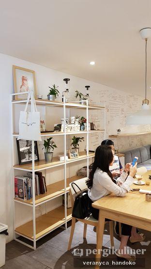 Foto 3 - Interior di Yumaju Coffee oleh Veranyca Handoko