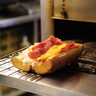 Foto 1 - Makanan di Quiznos oleh Nanakoot