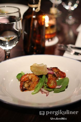 Foto 1 - Makanan di Roosevelt - Hotel Goodrich Suites oleh UrsAndNic