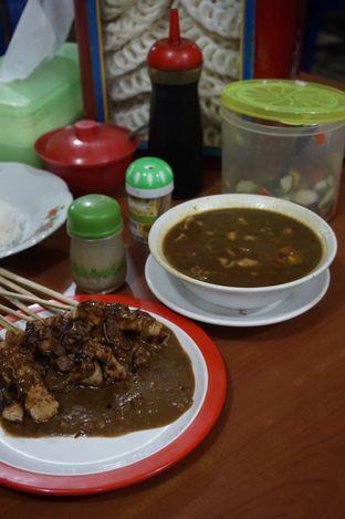 Foto 10 - Makanan di Warung Sate Tongseng Pak Naryo Solo oleh yudistira ishak abrar