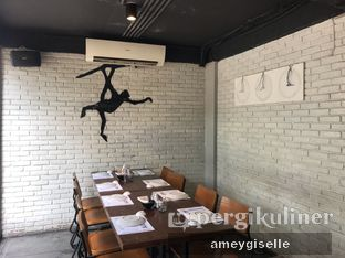 Foto 7 - Interior di 3 Wise Monkeys oleh Hungry Mommy