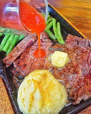Foto review Steak On Top oleh duocicip  17