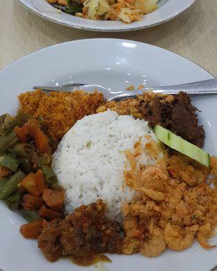 Foto - Makanan(Nasi udang empal dan tumis buncis) di Depot Bu Rudy oleh Claudia @grownnotborn.id